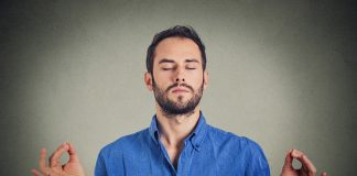 Homme Yoga respiration
